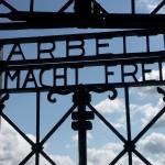Arbeit Macht Frei Dachau 150x150 - Völkermord als Verbrechen
